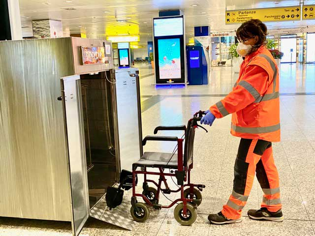 trolley & wheelchair UV-C disinfection